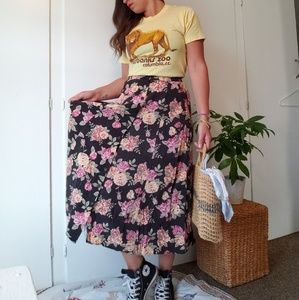 Vintage 90s floral button front skirt